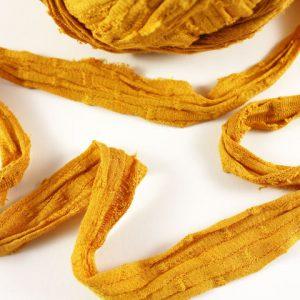 Trapilho au mètre ocre jaune - Bobine, pelote de t-shirt yarn, Hooked, zpagetti, trapillo. Fil de tissu recyclé pour crochet , bijoux, couture , décoration