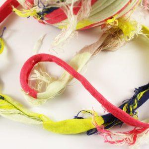 Trapilho au mètre rayé jaune rouge bleu- Bobine, pelote de t-shirt yarn, Hooked, zpagetti, trapillo. Fil de tissu recyclé pour crochet , bijoux, couture , décoration