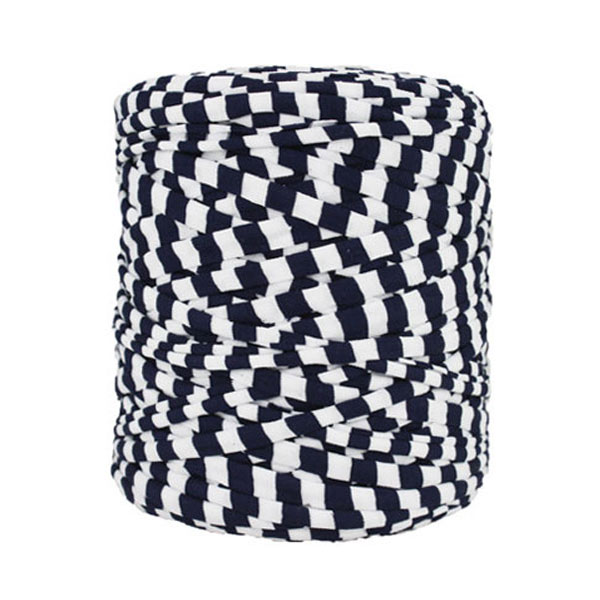 Trapilho rayé marine blanc - Bobine, pelote de t-shirt yarn, Hooked, zpagetti, trapillo. Fil de tissu recyclé en jersey pour crochet, tricot, tissage, macramé